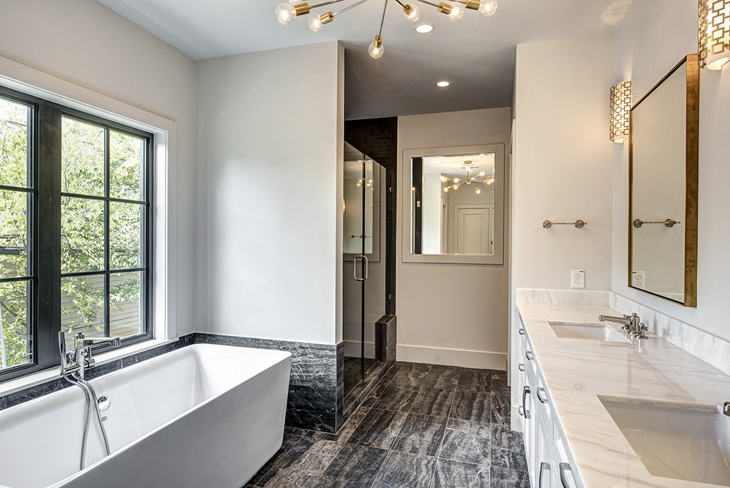 Arbuckle Master Bathroom
