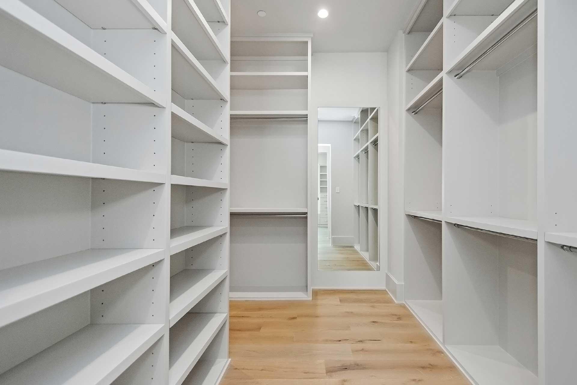 Elmora Master Closet