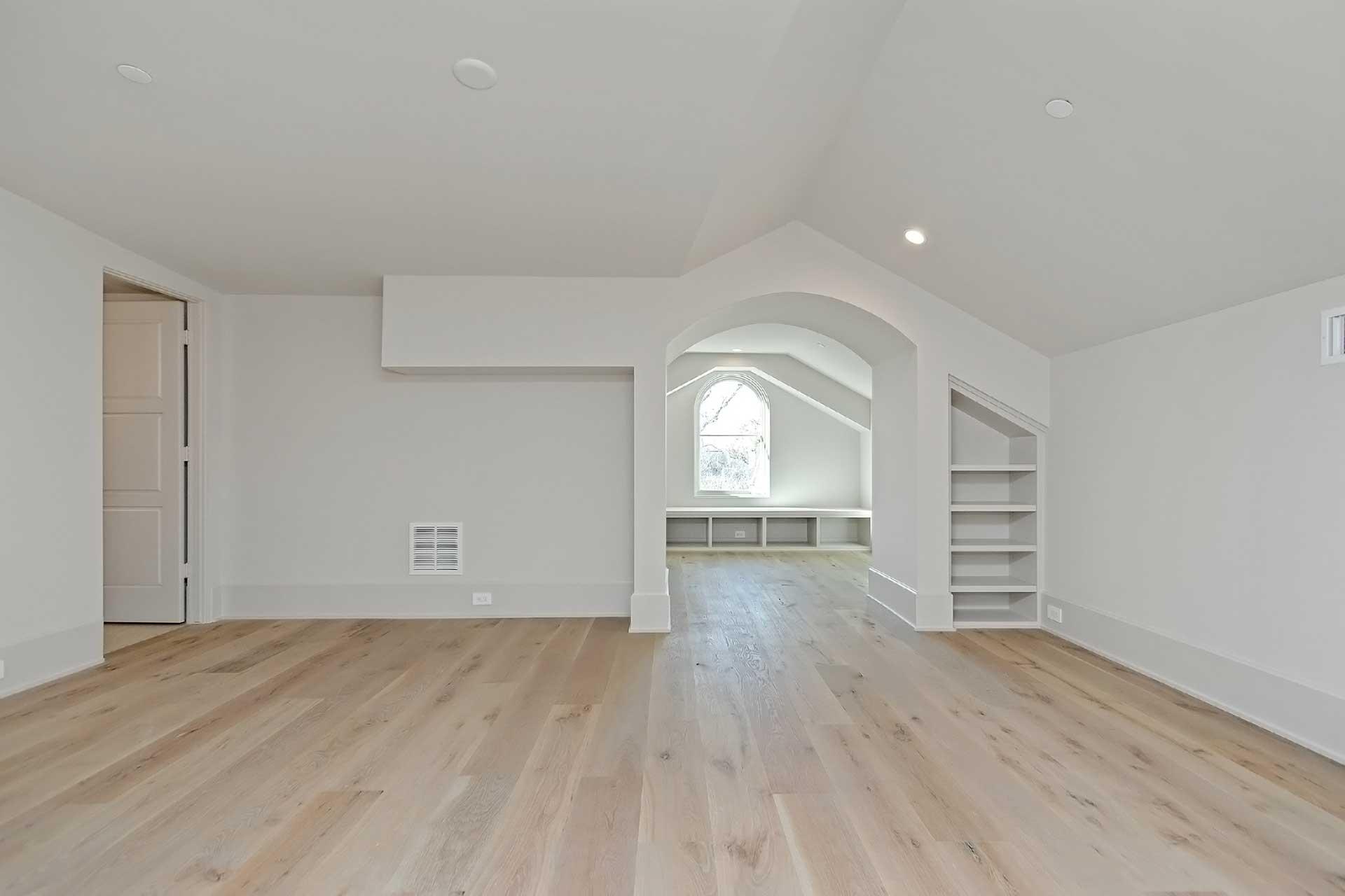 Elmora Bonus Room